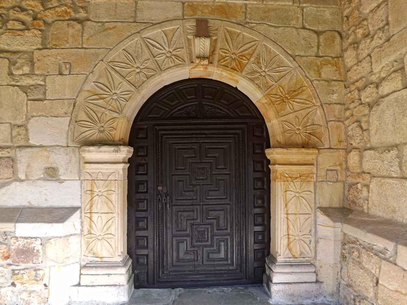 Iglesia de Bustablado