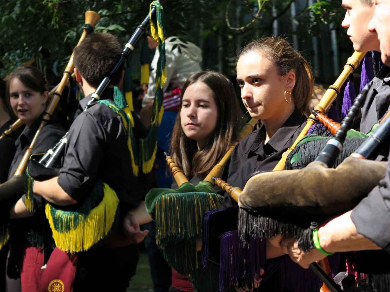 Gaiteros en el Día de Cantabria
