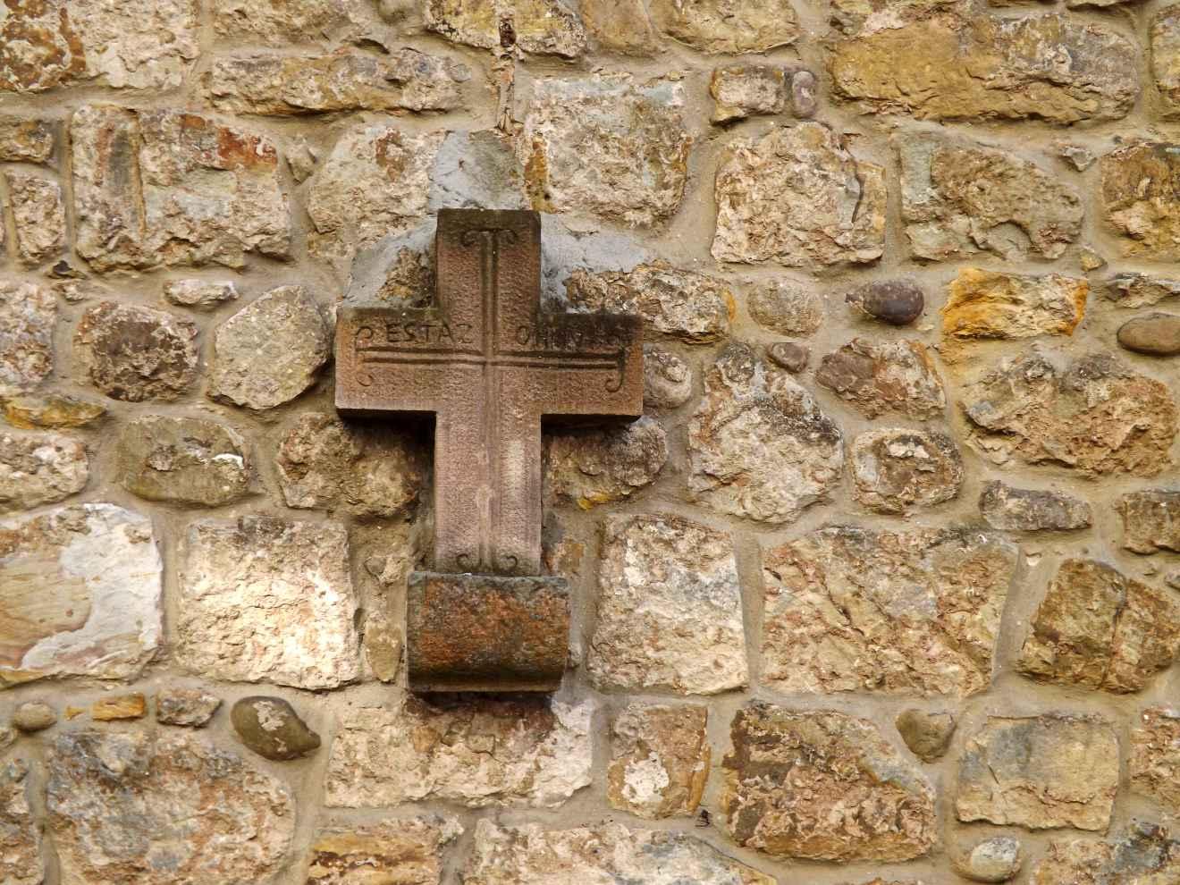 Cruz del vía crucis de la iglesia de Cabezón de la Sal
