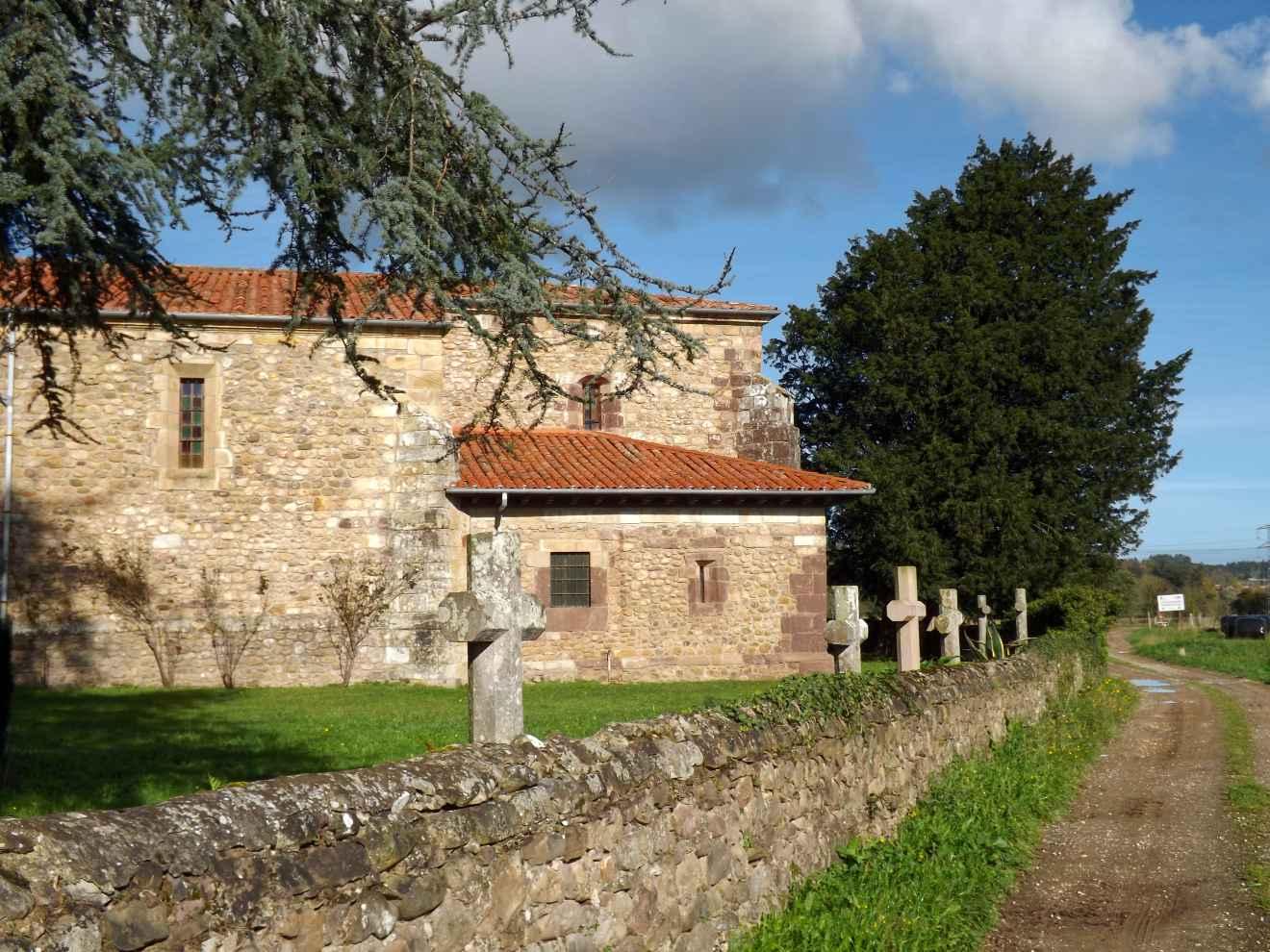 Tejo junto a la iglesia de San Lorenzo